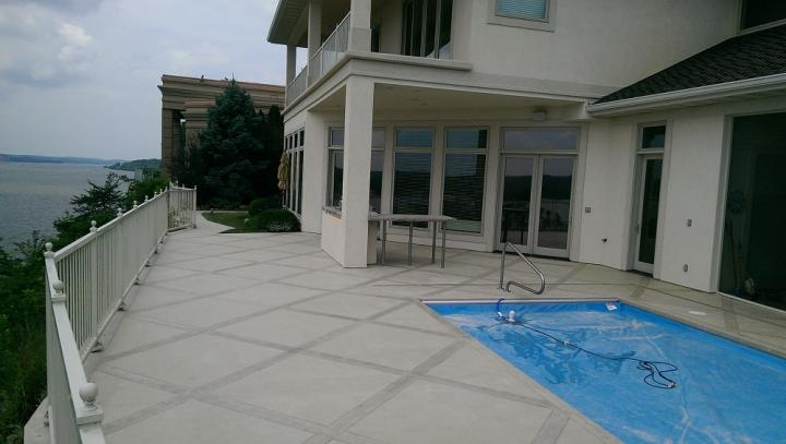 What Attracts House Owners Towards Decorative Concrete Coatings?
