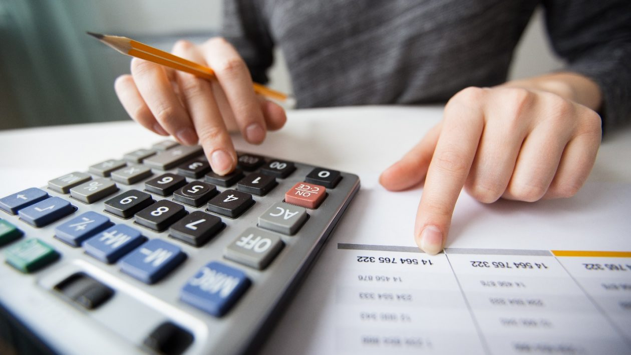 5 Essential Reasons Business Owners Need Accounting and Finance Services