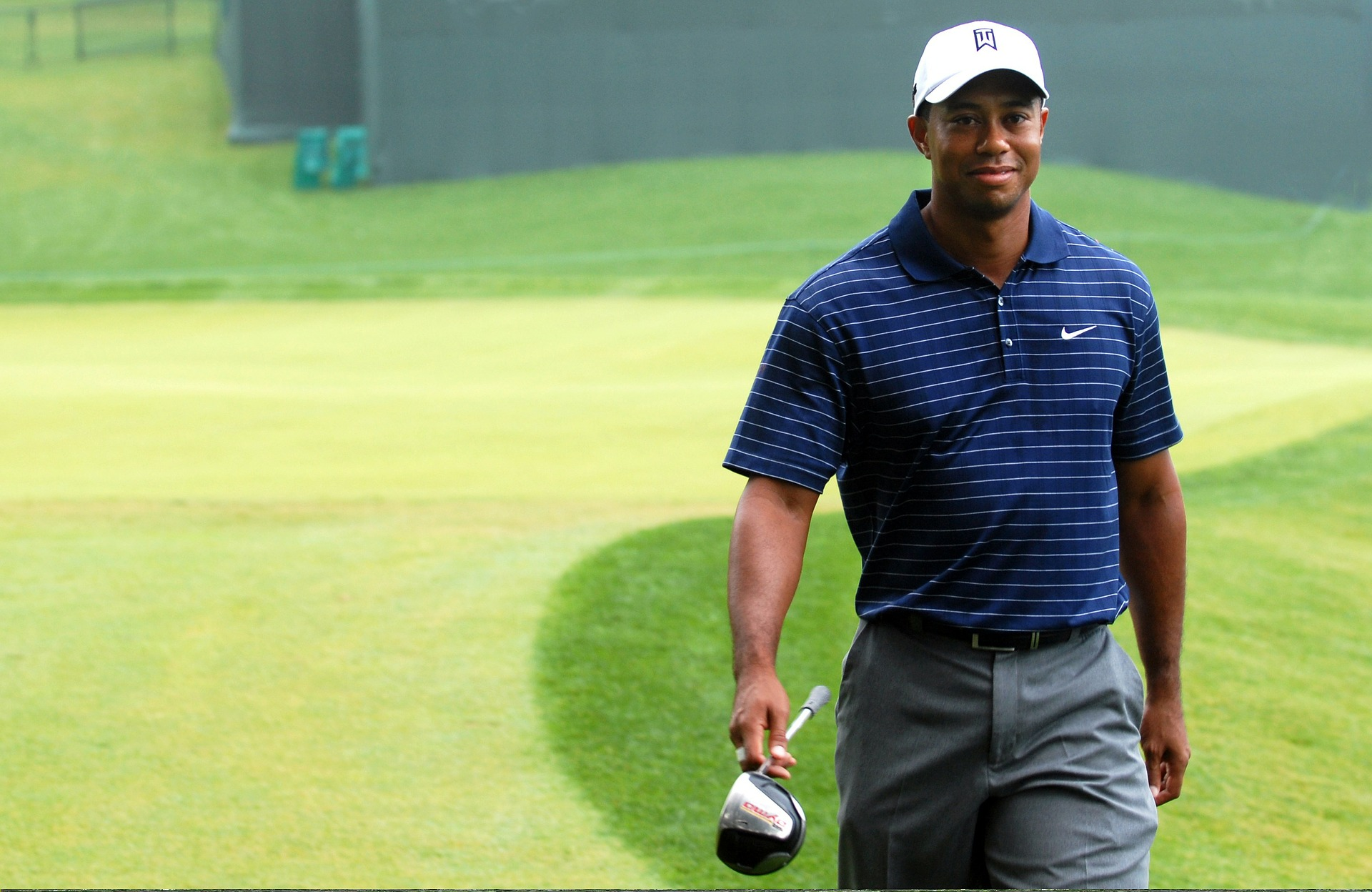 Tiger Woods Is Gradually Recovering, Shares Pictures With Crutches